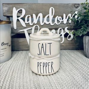 NWT Rae Dunn SALT 🧂 & PEPPER 🧂 CELLARS